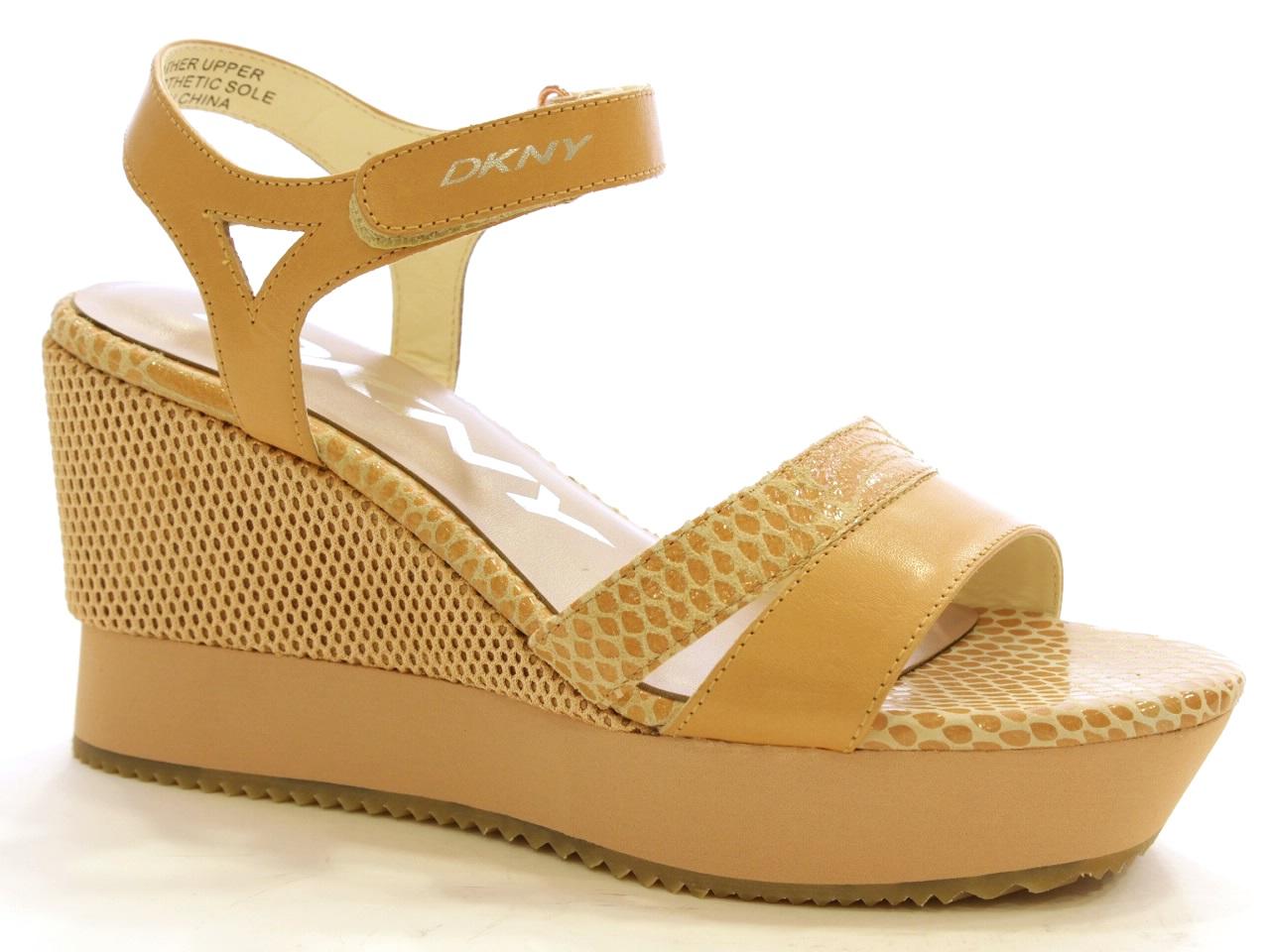Wedge Sandals DKNY - 352 23142468