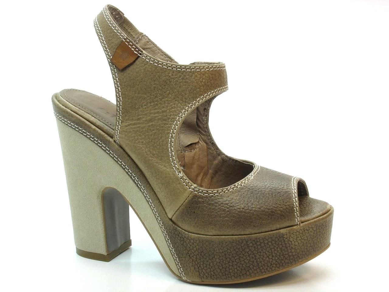 Sandálias de Salto Cubanas - 334 SHOW210