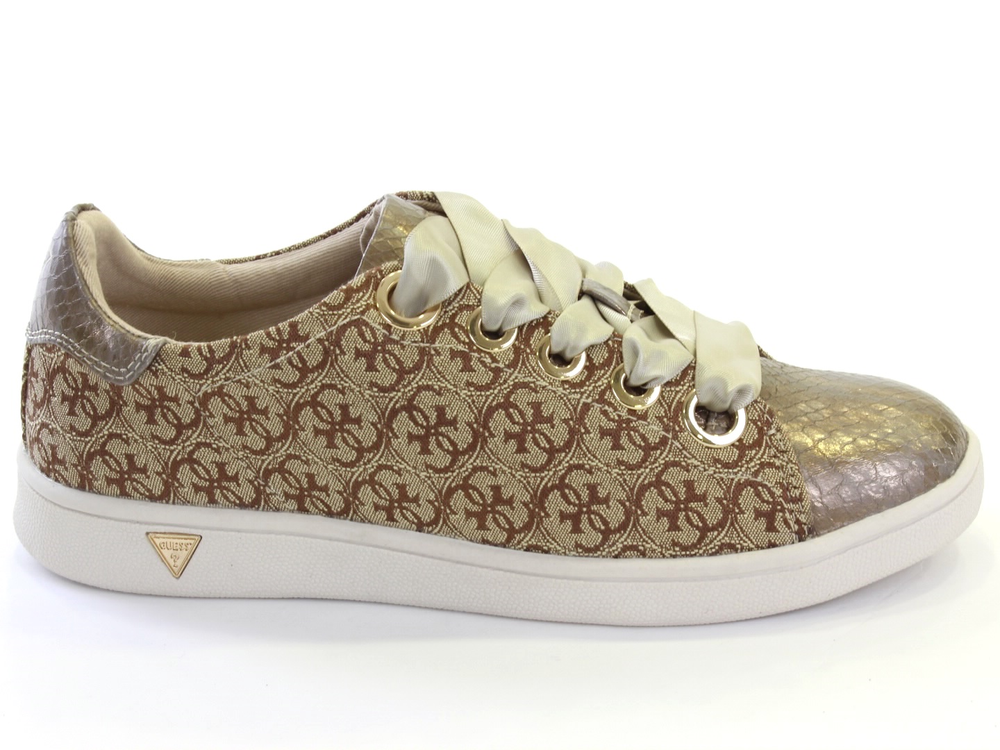 Sneakers and Espadrilles Guess - 465 FLSRY3 FAL12