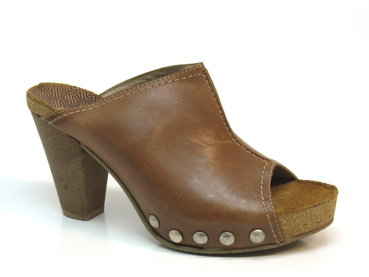 Sandálias de Salto Wonders - 244L-5911