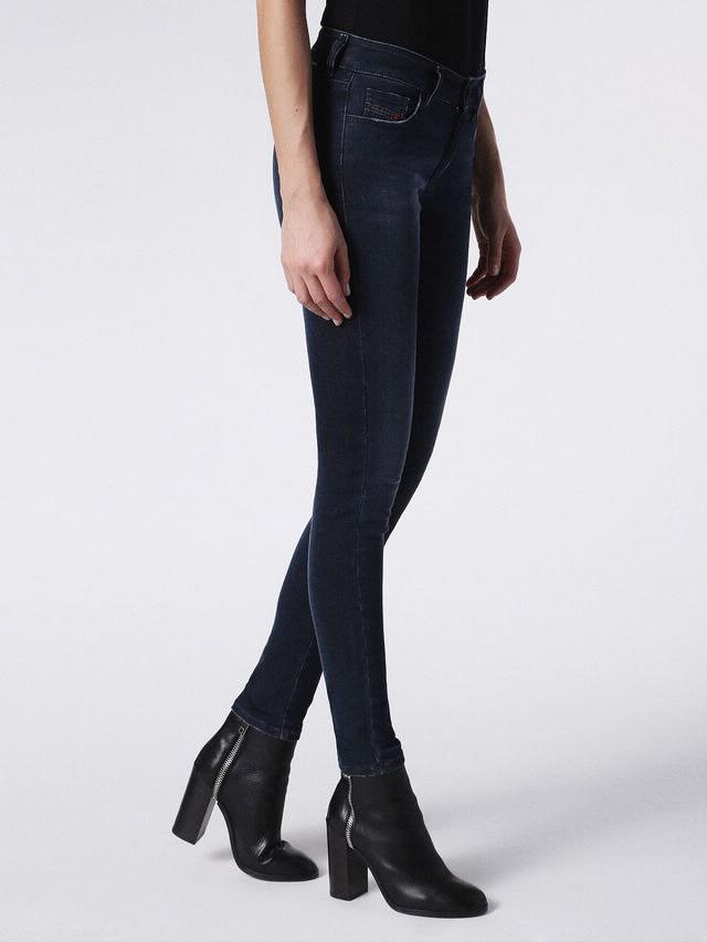 Jeans Diesel - 390M SLANDY 0681G