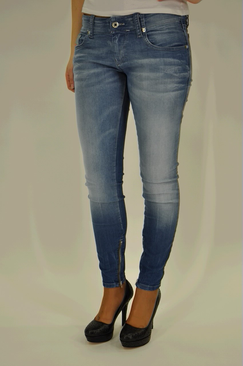 Jeans Diesel - 390M GRUPEEZIP 0602C