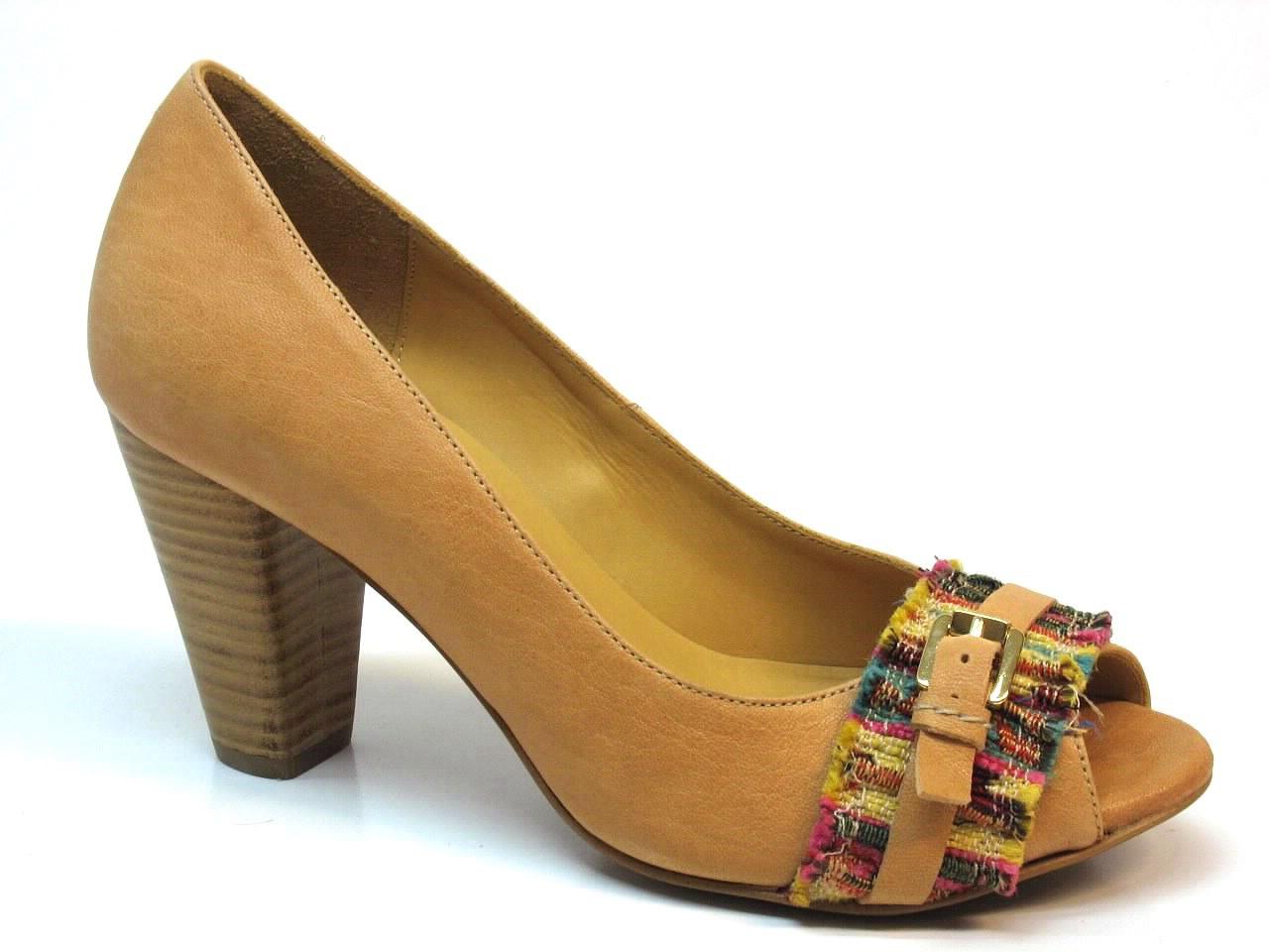 Sapatos de Salto Anónima - 469 6636