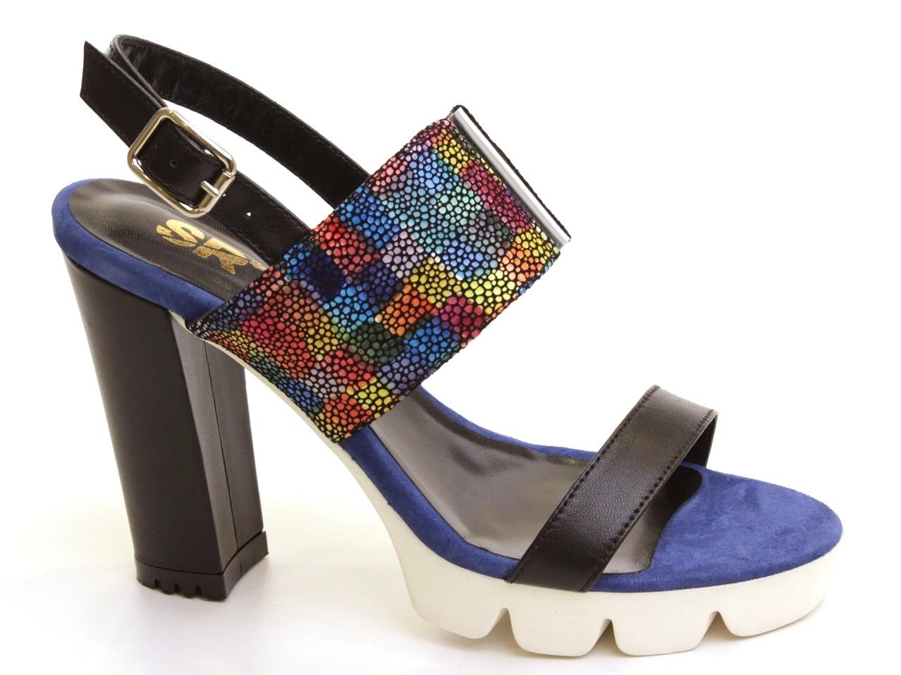 Sandálias de Salto Silvia Rebatto - 019 S9476